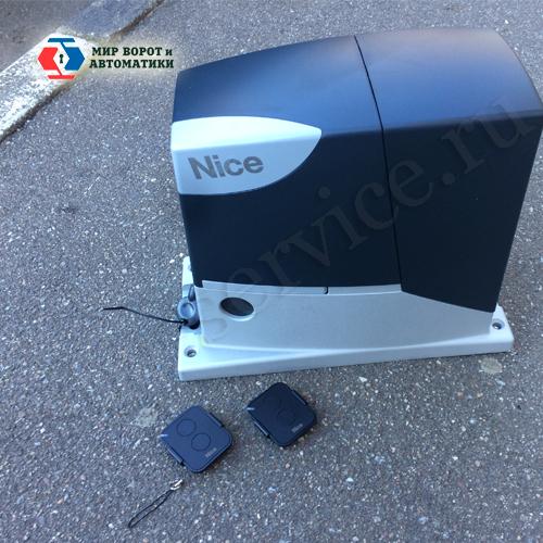 комплект для откатных ворот - сам привод Nice RD400
